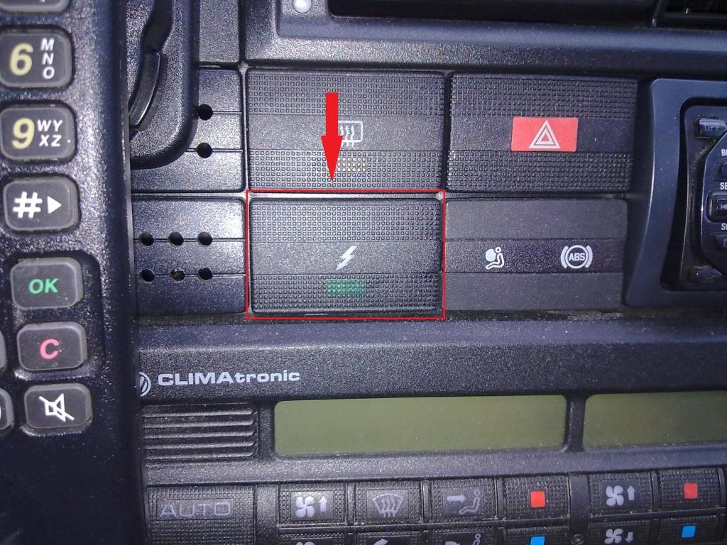 Was ist das für ein Schalter? ( Blitz und grüne LED) - Wartung ...